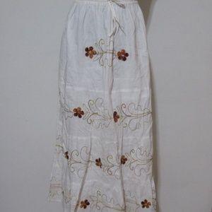 Dresses & Skirts - White Boho Midi Skirt w/ Orange Details